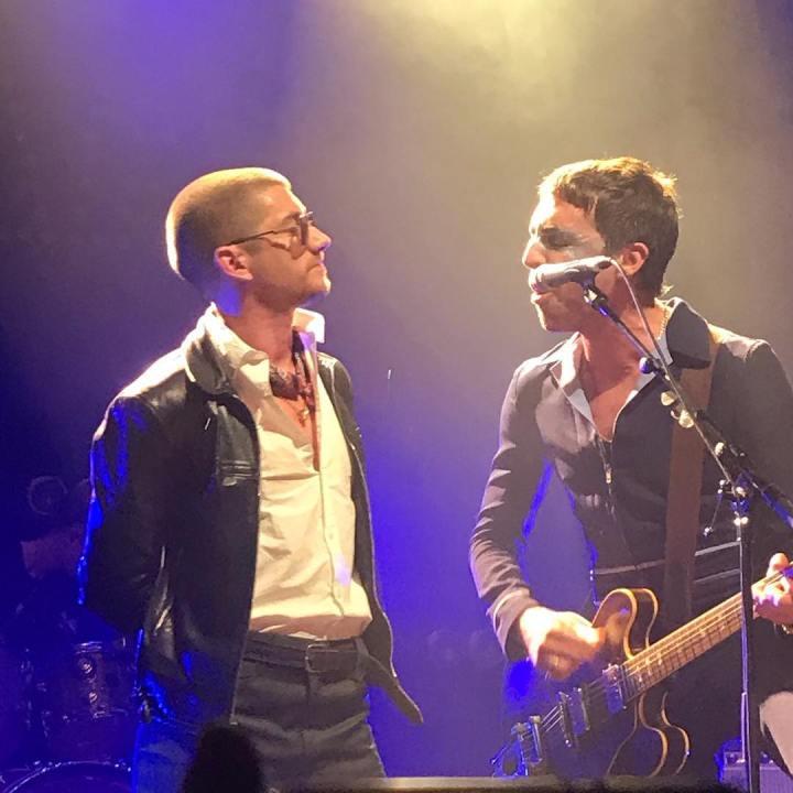 (new video): Miles Kane & Alex Turner – Standing Next To Me live @LaCigale (Paris 4 octobre2018)